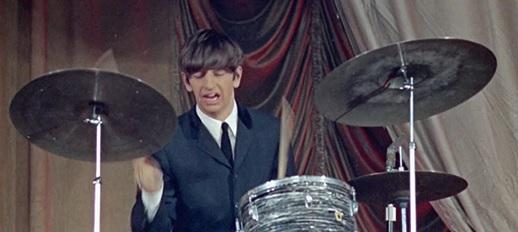 Ringo vid trummorna